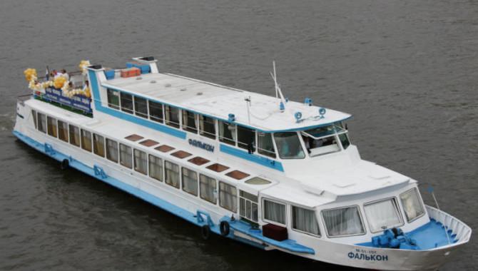 Круиз на теплоходе по Москве-реке — захватывающее приключение