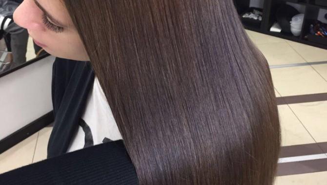 Кератиновое выпрямление спасет даже самые пересушенные волосы